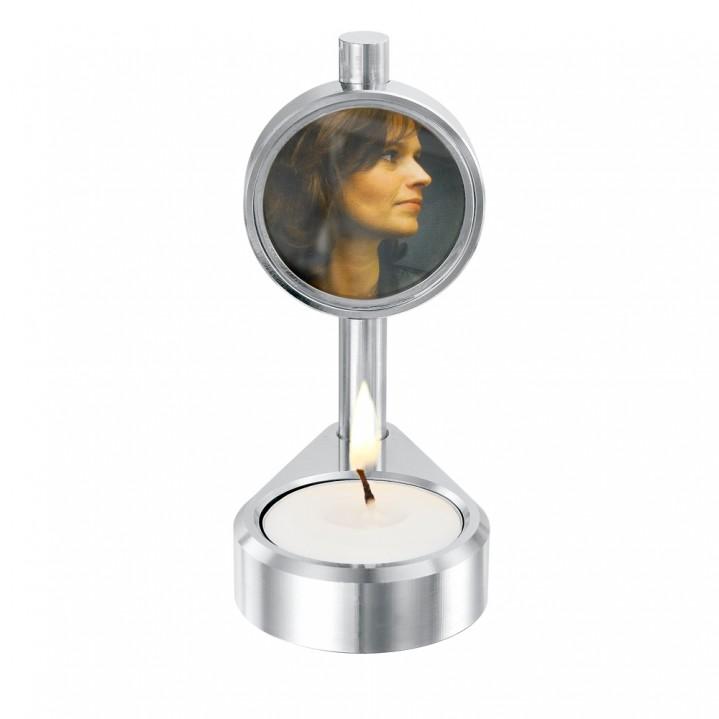 Aluminium kaars-urn.