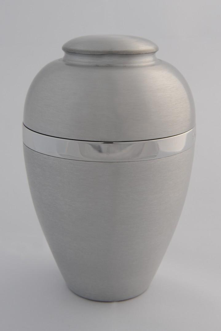 Aluminium urn, middel