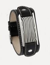 Zwart kalfslederen armband met een asruimte