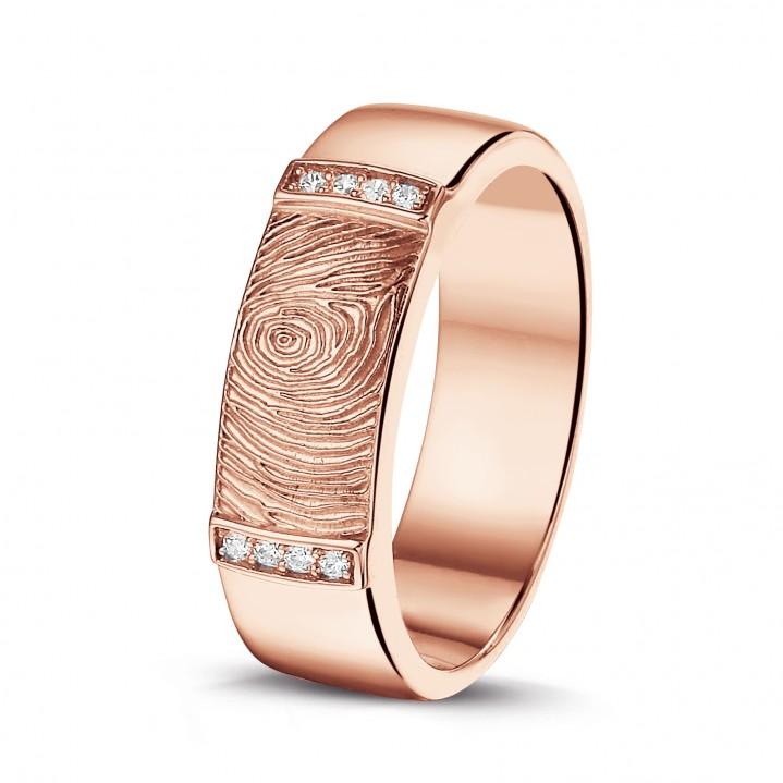 Rose gouden ring met diamanten en vingerafdruk.