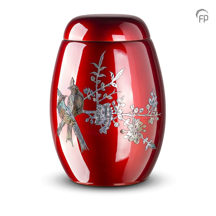 Rode urn met vogels van parelmoer