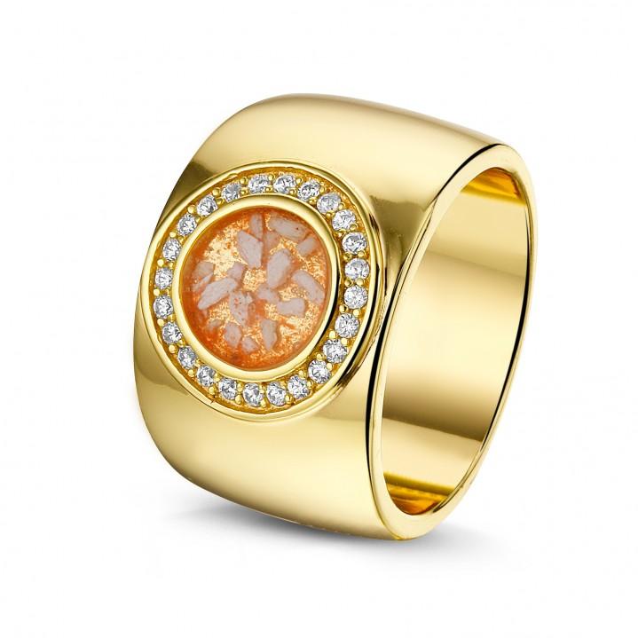 14 krt gouden ring met diamand