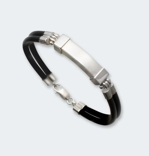 Zilveren armband met asruimte.