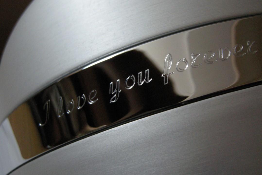 Aluminium urn, groot